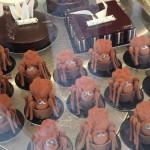 Cake spiders, Farnham