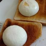 Poached eggs on toast, Aldershot