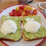 Eggs on Avocado, Alton